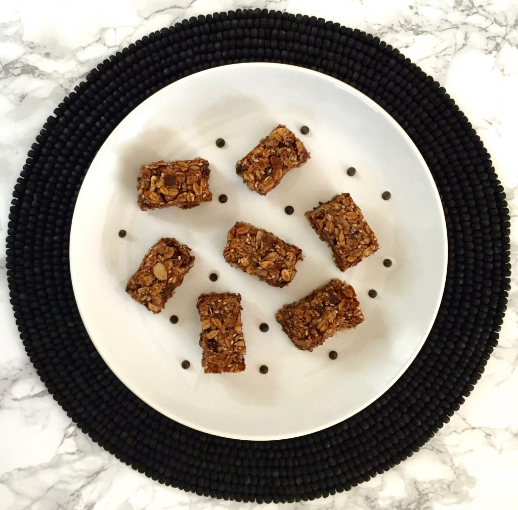 Healthy Chocolate Chip and Shredded Coconut Granola Bars - runcooklaugh.com