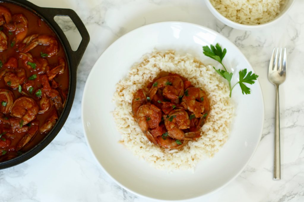 Easy BBQ Shrimp with Spiralized Kohlrabi Rice - runcooklaugh.com