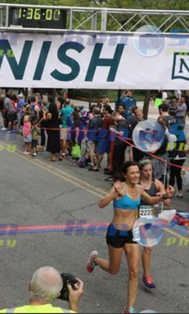 Steamtown Marathon Training 2016 - Week 11 - Dr. Braver Saves the Day at the Newport Liberty Half Marathon - runcooklaugh.com