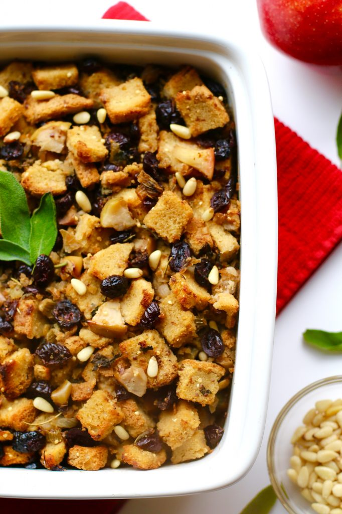 Easy Gluten-Free, Vegan Stuffing with Cranberries - runcooklaugh.com