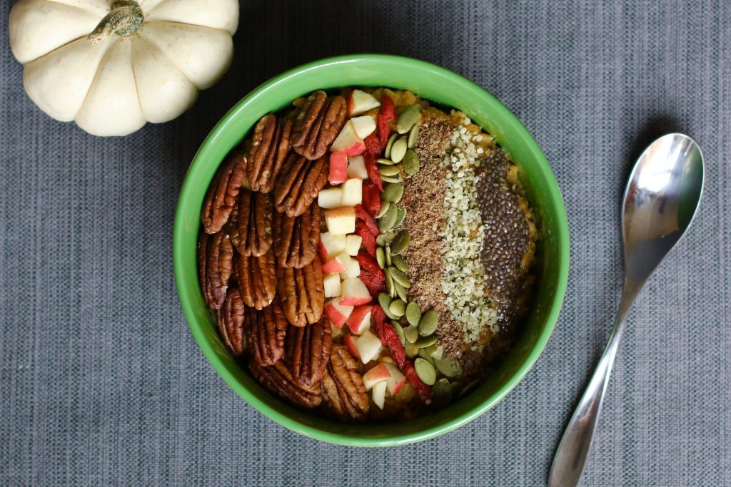 The Best Pumpkin Spice Oatmeal - Gluten-Free, Vegan - runcooklaugh.com